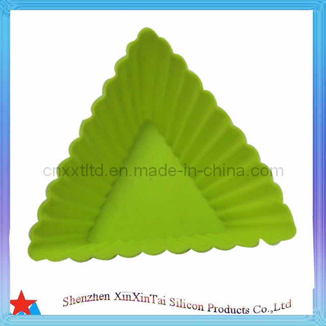 Triangle Silicone Cake Mold (XXT 10094-32)